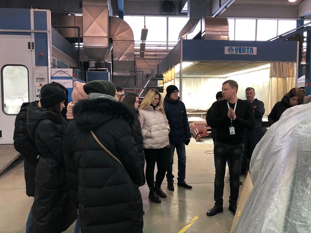 Студенты посетили Автосервисный центр «РИВАЛИ»